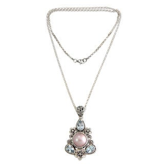 Silver 'Frangipani Trio' Pearl Topaz Necklace (12mm) (Indonesia)