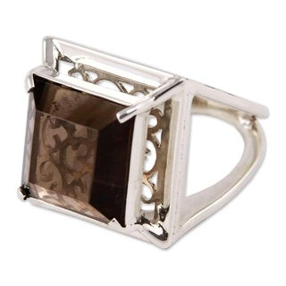 Handcrafted Sterling Silver 'Charm of Lima' Quartz Ring (Peru)