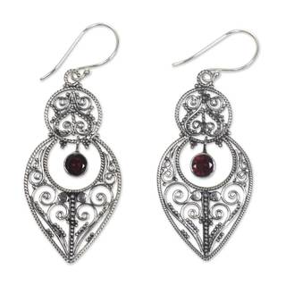 Handmade Sterling Silver 'Majapahit Glory' Garnet Earrings (Indonesia)