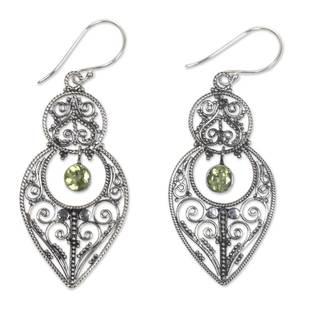 Sterling Silver 'Majapahit Glory' Peridot Earrings (Indonesia)
