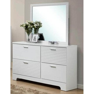 LYKE Home Moda White 4-drawer Dresser