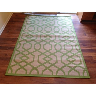 Beige Pool Patio Deck Area Rug Area Rug (6'6 X 9'3)