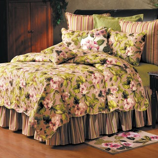 Carrieanne Scalloped Edge Cotton Quilt (Shams Not Included)