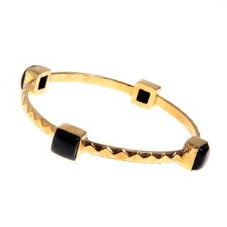 Handmade Gold Overlay Brass Cabochon Black Onyx Bezel Bangle Bracelet (India)|https://ak1.ostkcdn.com/images/products/10199661/P17323849.jpg?_ostk_perf_=percv&impolicy=medium