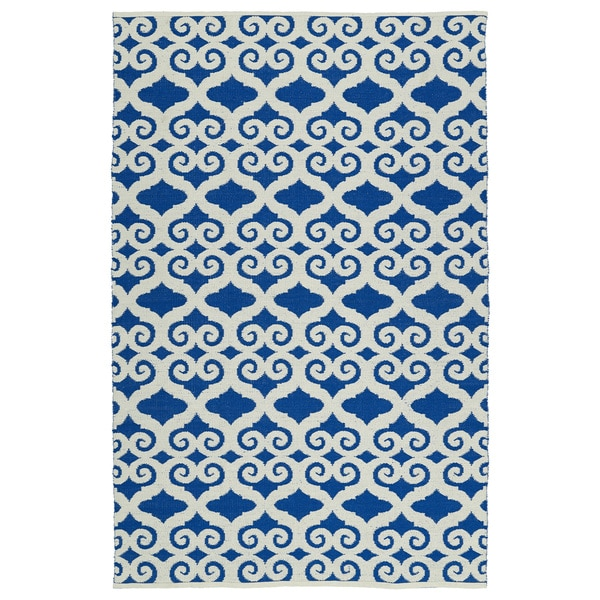 Indoor/Outdoor Laguna Navy and Ivory Scroll Flat-Weave Rug - 5' x 7'6""