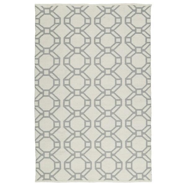 Indoor/Outdoor Laguna Ivory and Grey Geo Flat-Weave Rug - 9' x 12'