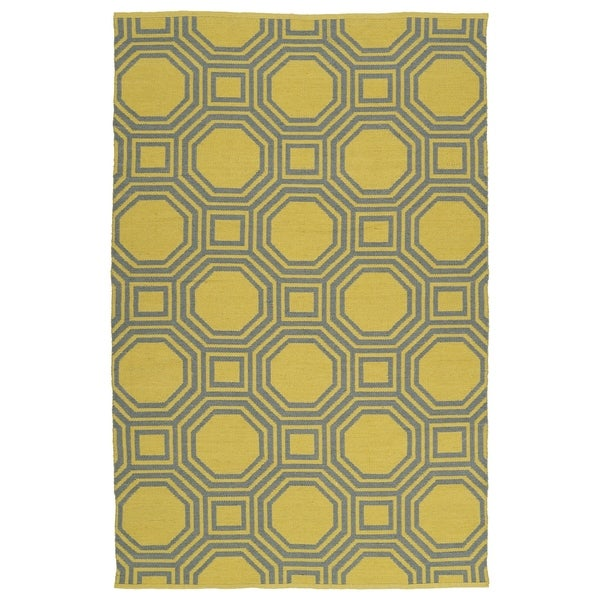 "Indoor/Outdoor Laguna Yellow and Grey Geo Flat-Weave Rug (5' x 7'6"")"