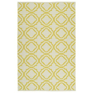 Indoor/Outdoor Laguna Ivory and Yellow Geo Flat-Weave Rug (5'0 x 7'6)