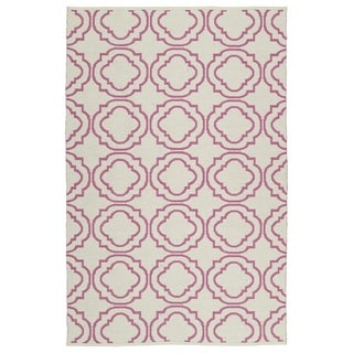 Indoor/Outdoor Laguna Ivory and Pink Geo Flat-Weave Rug (5'0 x 7'6)