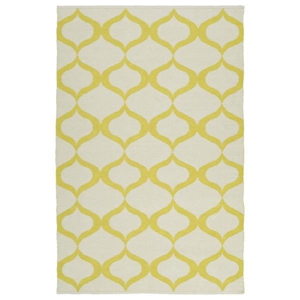 "Indoor/Outdoor Laguna Ivory and Yellow Geo Flat-Weave Rug (5'0 x 7'6) - 5' x 7'6"""