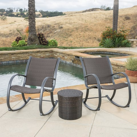 Gracie's Outdoor 3-piece Wicker Bistro Set by Christopher Knight Home