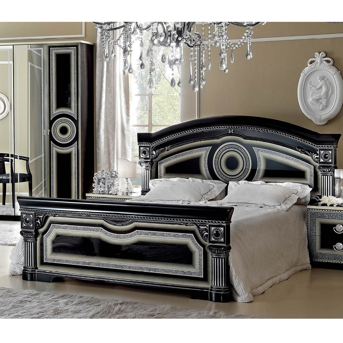 Luca Home Black/Silver Bed (King)