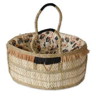 Handcrafted Natural Fiber 'Shopping Basket' Handbag (Ghana)