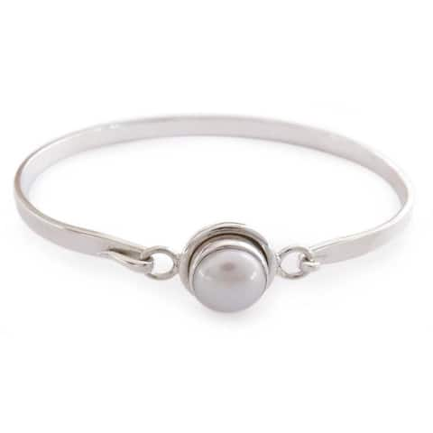 Handmade Sterling Silver Aesthetic Moon Pearl Bangle (India)
