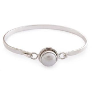 Handcrafted Sterling Silver Aesthetic Moon Pearl Bangle Style Bracelet (10 mm) (India)