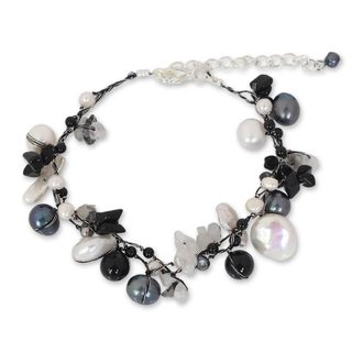 Pearl 'Sweet Sophistication' Quartz Bracelet (12 mm) (Thailand)