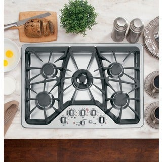 GE Caf? 30-inch Built-In Gas Cooktop