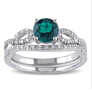 Miadora 10k White Gold Created Emerald and 1/6ct TDW Diamond Bridal Ring Set