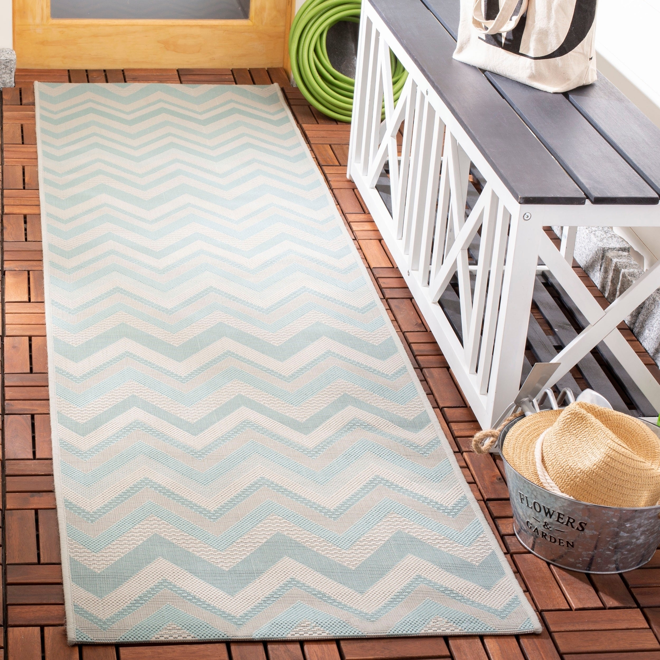 Safavieh Courtyard Chevron Light Grey/ Aqua Indoor/ Outdoor Rug - 2 ...