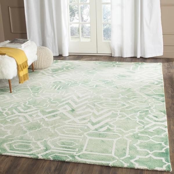 Safavieh Handmade Dip Dye Watercolor Vintage Green/ Ivory Wool Rug - 9' x 12'