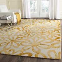 Safavieh Handmade Dip Dye Watercolor Vintage Beige/ Gold Wool Rug (7' Square)