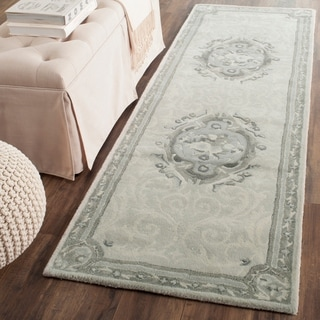 Safavieh Handmade Empire Beige/ Light Grey Wool Rug (2'6 x 12')
