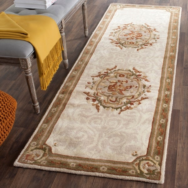 Safavieh Hand-Tufted Empire Ivory/ Light Grey Wool Rug - 2'6 x 12'
