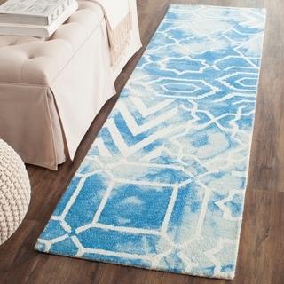 Safavieh Handmade Dip Dye Watercolor Vintage Blue/ Ivory Wool Rug (2'3 x 12')