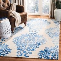 Safavieh Handmade Dip Dye Watercolor Vintage Beige/ Blue Wool Rug - 5' X 8'