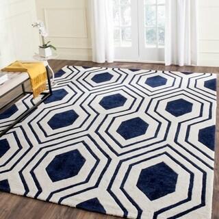 Safavieh Handmade Chatham Dark Blue/ Ivory Wool Rug (4' x 6')