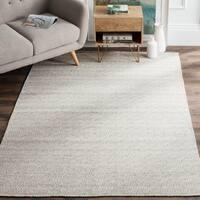 Safavieh Hand-Woven Kilim Ivory/ Graphite Wool Rug - 4' x 6'
