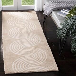 Safavieh Handmade Chatham Beige/ Ivory Wool Rug (2'3 x 7')