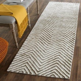 Safavieh Hand-Tufted Soho Ivory/ Grey N.Z. Wool Rug (2'6 x 8')