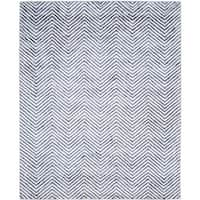 Safavieh Hand-Tufted Soho Ivory/ Navy N.Z. Wool Rug - 8' x 10'