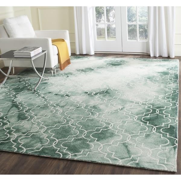 Safavieh Handmade Dip Dye Watercolor Vintage Green/ Ivory Wool Rug (8' x 10')