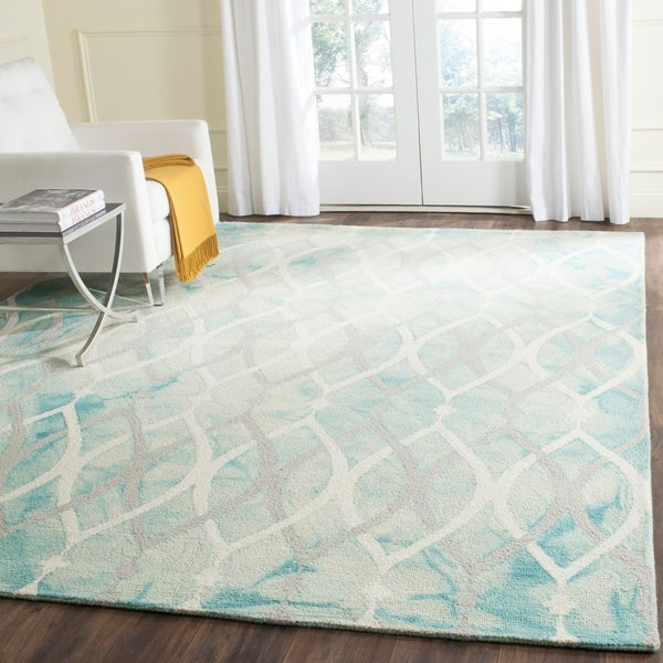 Safavieh Handmade Dip Dye Watercolor Vintage Green/ Ivory Grey Wool Rug - 8' x 10'