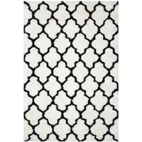 Safavieh Handmade Barcelona Shag White/ Black Trellis Polyester Rug (8' x 10')
