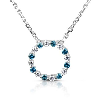Suzy Levian 14k White Gold .25ct TDW Blue and White Diamond Circle Pendant Necklace (H-I, SI1-SI2)