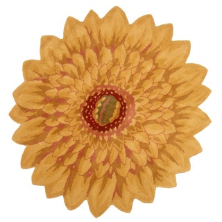 Hand-tufted Wool Marigold Flower Shaped Area Rug (India)
