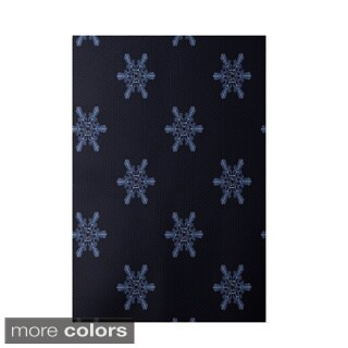 Holiday Multi Snowflake Print Decorative Area Rug (3' x 5')