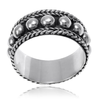 Journee Collection Sterling Silver Bali Design Ring Band (7mm)