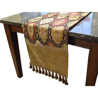 Ruche Decorative Table Runner