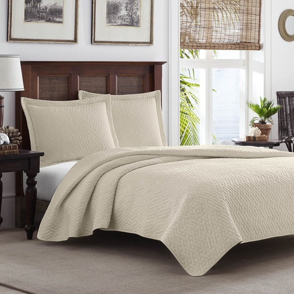 tommy bahama bedroom furniture canada set craigslist dune chevron quilt