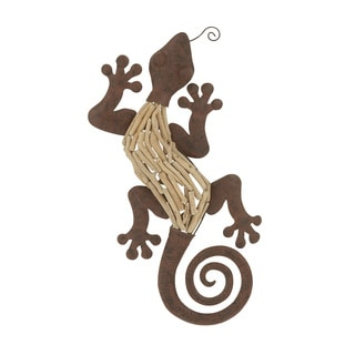 24-inch Traditional Swirled Tail Lizard Wall Sculpture