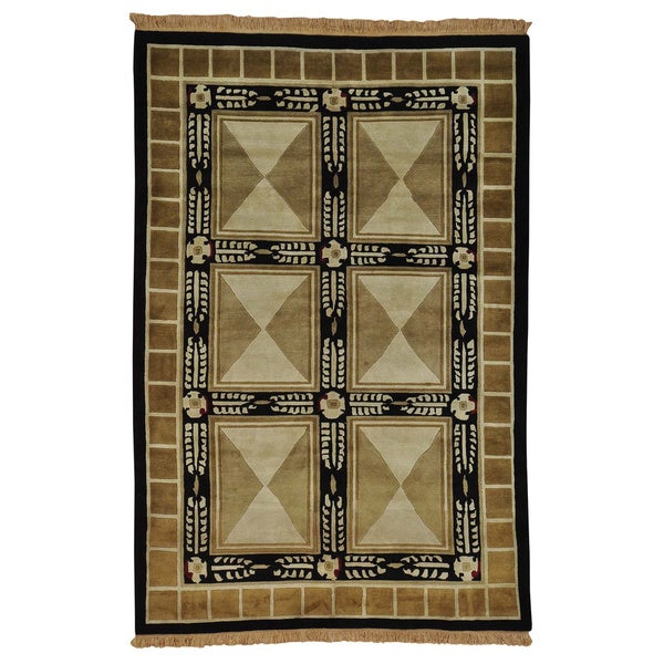 Nepali Neo Classic Design Hand-knotted Oriental Rug (5'10 x 9')