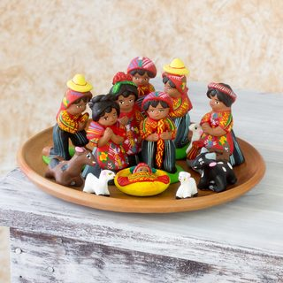Handmade Set of 13 Ceramic 'Saint Thomas' Nativity Scene (Guatemala)