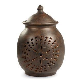Handcrafted Ceramic 'Firefly' Candleholder (Guatemala)
