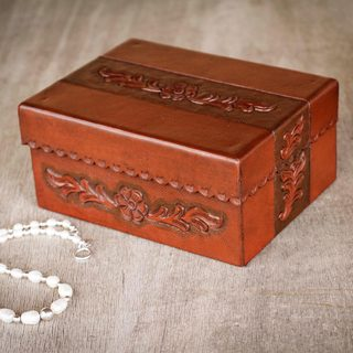 Handcrafted Leather Wood 'Autumn Flower' Jewelry Box (Peru)