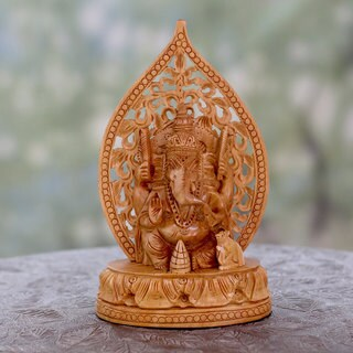 Handcrafted Kadam Wood 'Divine Ganesha' Statuette (India)