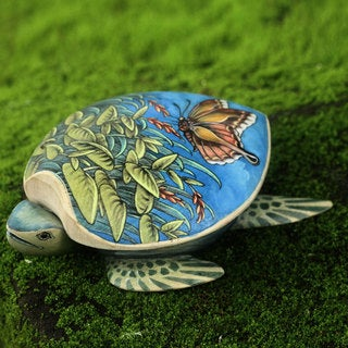 Handcrafted Crocodile Wood 'Butterfly Turtle' Jewelry Box (Indonesia)